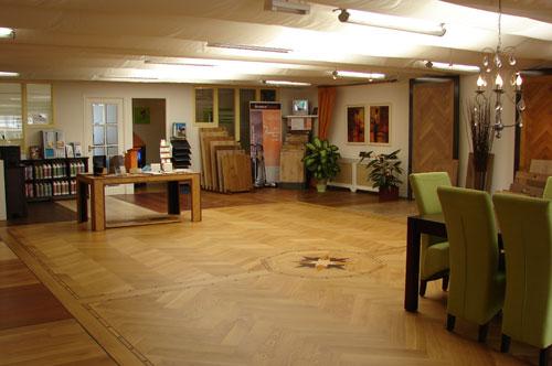 showroom02.jpg